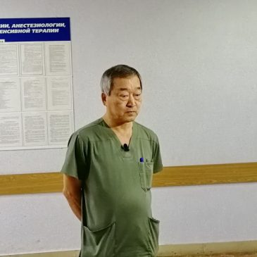 В Алтайской краевой клинической детской больнице проведена уникальная операция по удалению камня из лоханки почки.