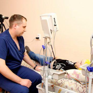 В Алтайском краевом клиническом центре охраны материнства и детства провели массовое обследование детей с тяжелыми формами эпилепсии