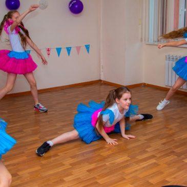 Танцевальное «ассорти» в честь лучших жительниц региона