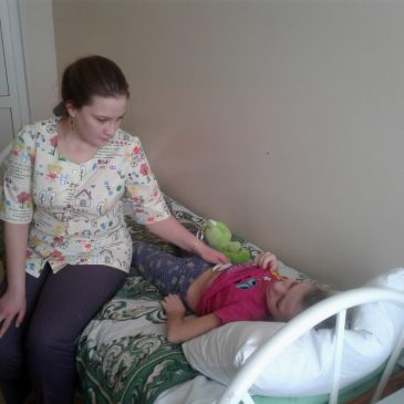 Накануне Нового года хирурги Центра охраны материнства и детства провели две редкие операции